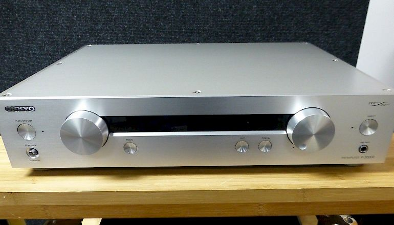 Image of Used  Onkyo P3000R Pre-Amplifier  for sale