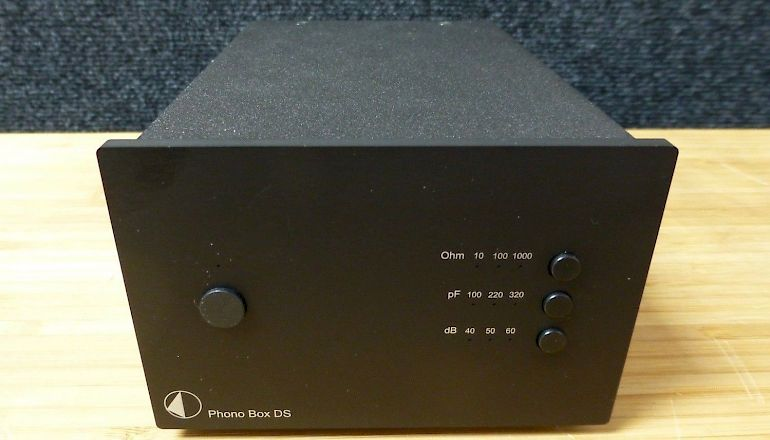 Image of Used  Pro-ject Phono Box DS Phono Pre-Amplifier  for sale