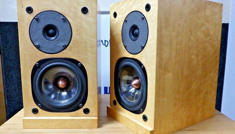 Image of Used  ProAc Response One SC Standmount Speakers  for sale