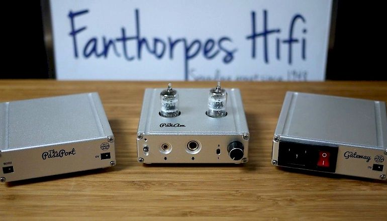 Image of Used  ALO Audio PanAM Valve Headphone DAC with The Gateway PSU &The Passport Battery pack  for sale