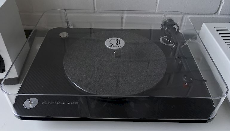 Image of Ex-demo  Elipson Omega 100 RIAA BT Carbon Black  for sale