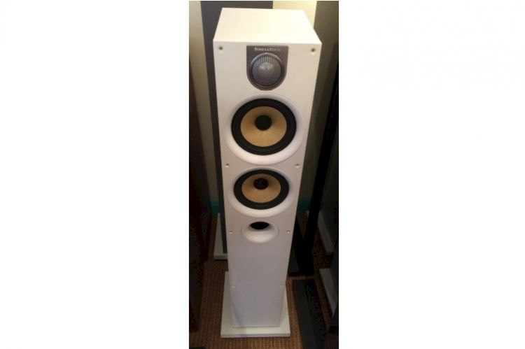 Thumbnail Image of Bowers & Wilkins 684 S2 For sale at iDreamAV