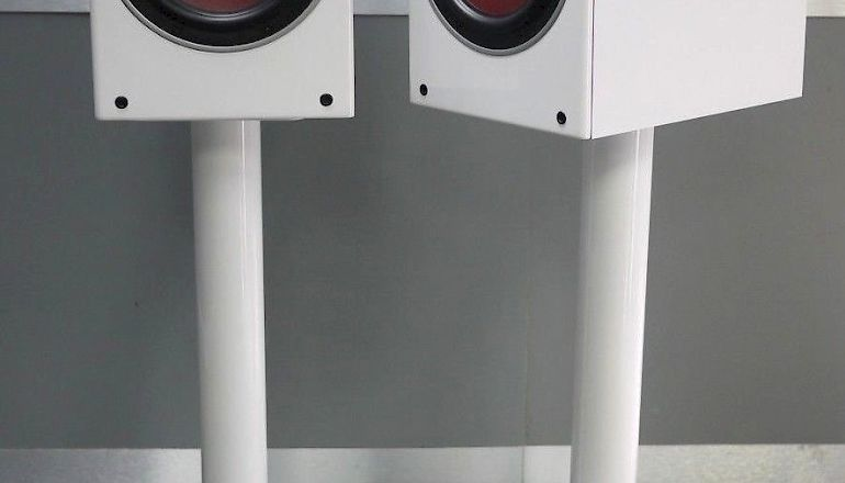 Image of Used  Dali Zensor 3 Standmount Speaker  for sale