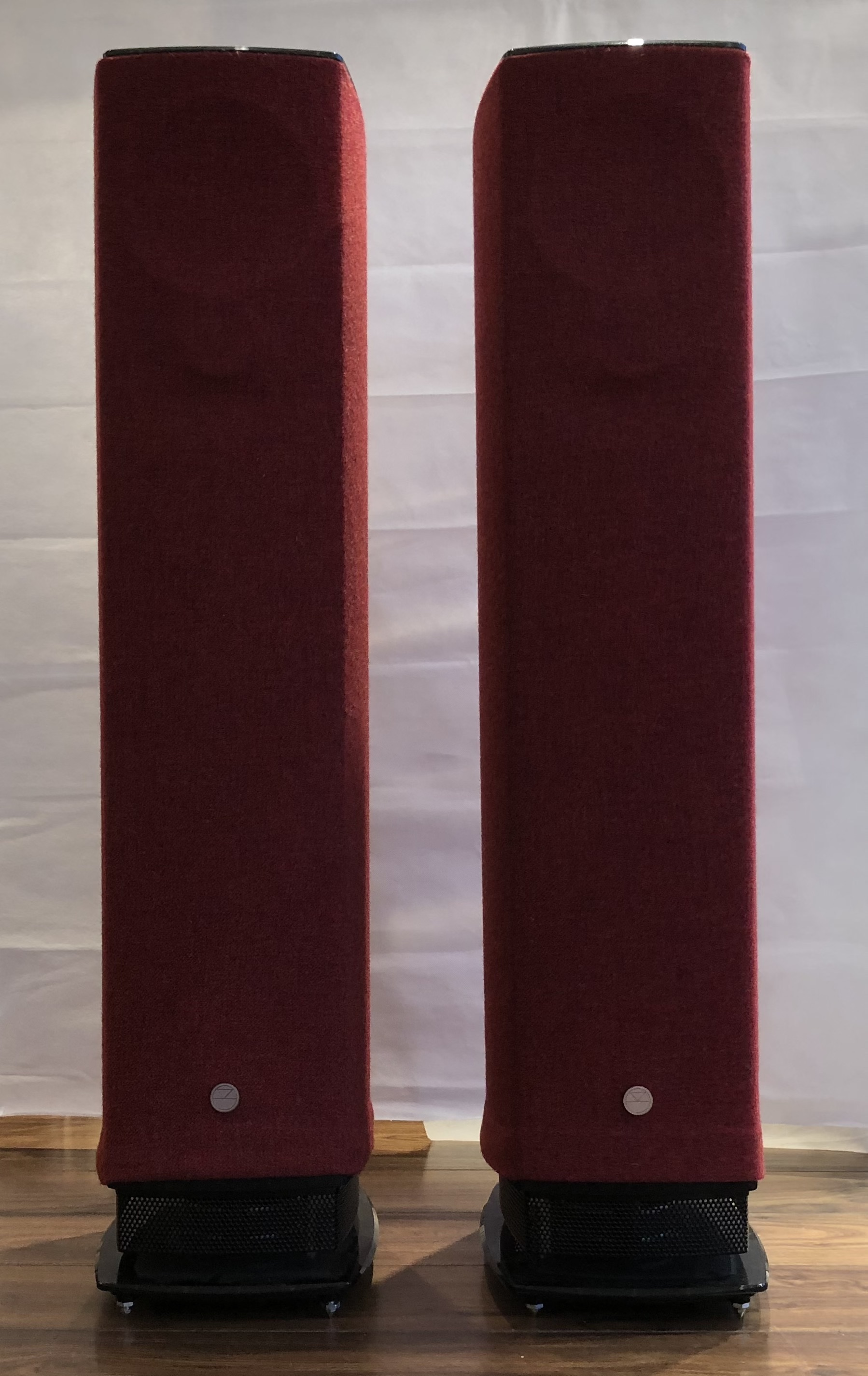 Picture of Linn Linn Series 5 Exakt & Isobarik 530 Speakers. Ex-Demo