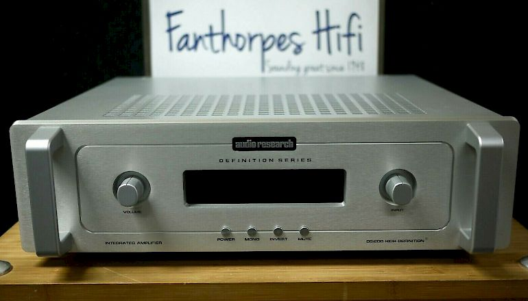 Image of Used  Audio Research DSi200 Integrated Amplifier  for sale