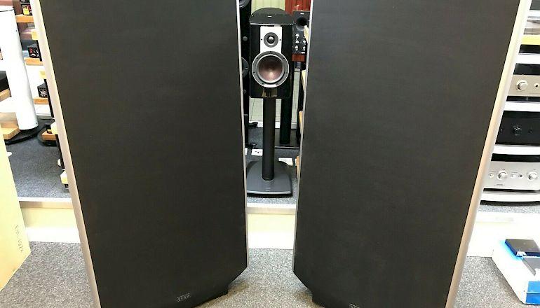 Image of Used  Quad ESL2905 Electrostatic Loudspeakers  for sale