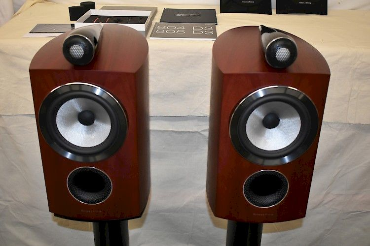 Image of Bowers & Wilkins B&W 805 D3 Stand Mount Speakers For sale at iDreamAV