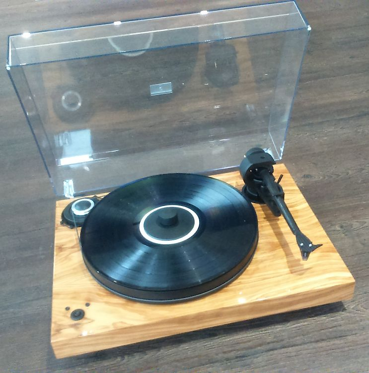 Thumbnail Image of Pro-ject Xperience SB DC For sale at iDreamAV