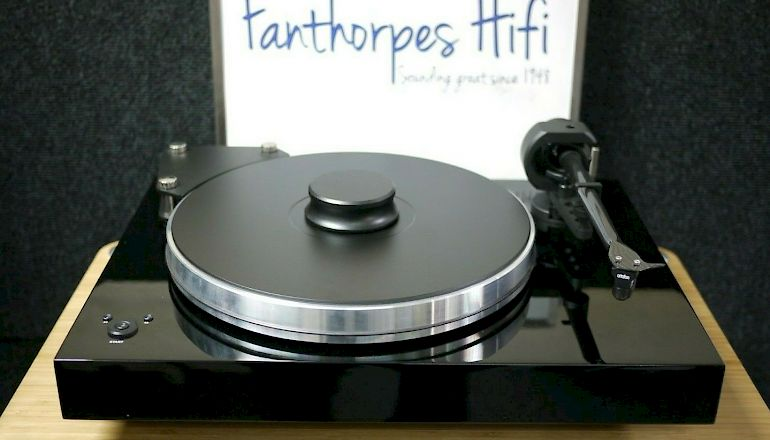 Image of Used  Pro-ject Xtension 9 Super Pack  for sale