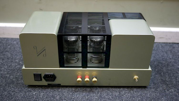 Image of Quad II Eighty Mono Valve Power Amplifiers For sale at iDreamAV