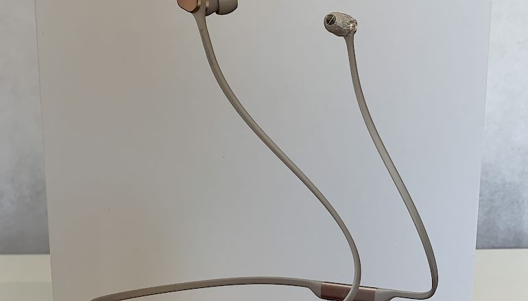 Image of Ex-demo  Bowers & Wilkins PI3 Wireless Headphones  for sale