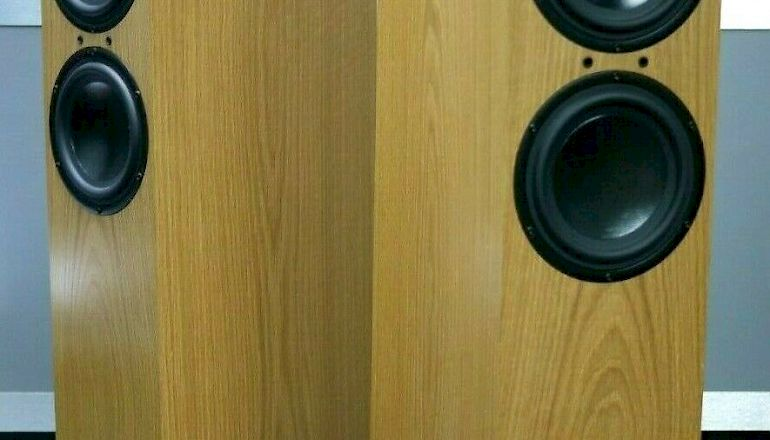 Image of Used  Spendor D7 Floorstanding Speakers  for sale