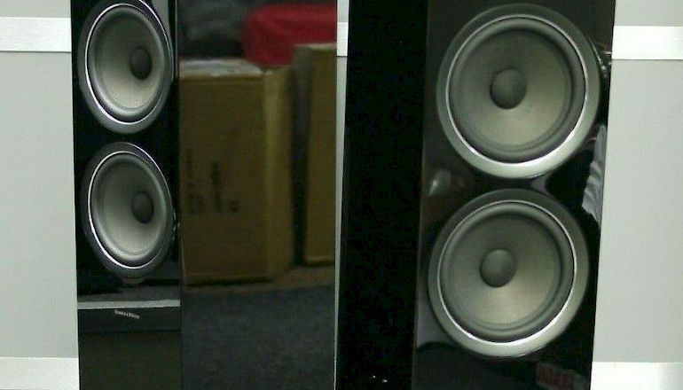 Image of Used  Bowers & Wilkins 703 S2 Floorstanding Speakers  for sale