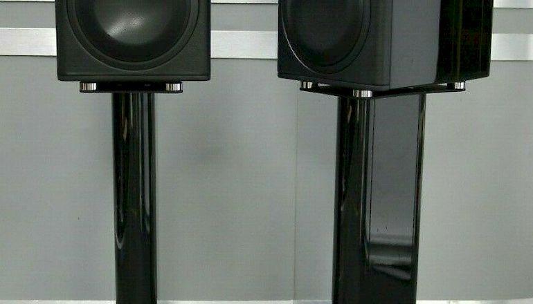 Image of Used  Monitor Audio Platinum PL100II Standmount Speakers  for sale
