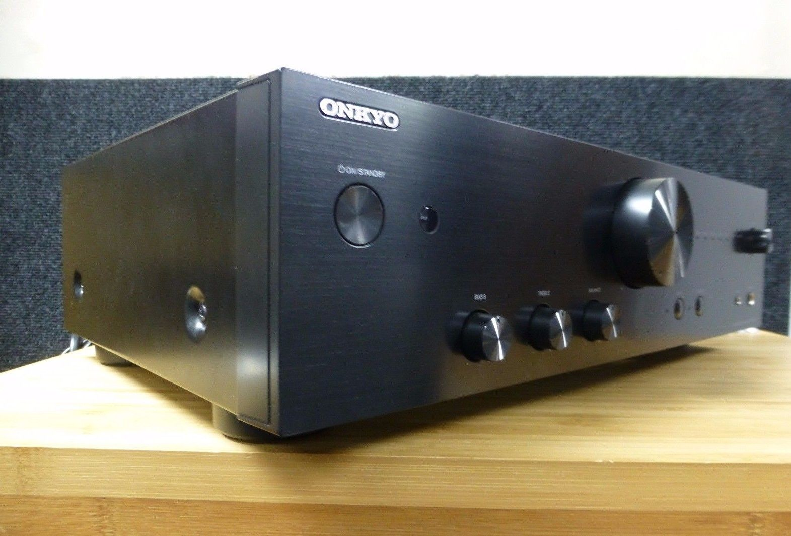 onkyo a 9010. picture of onkyo a-9010 integrated amplifier a 9010