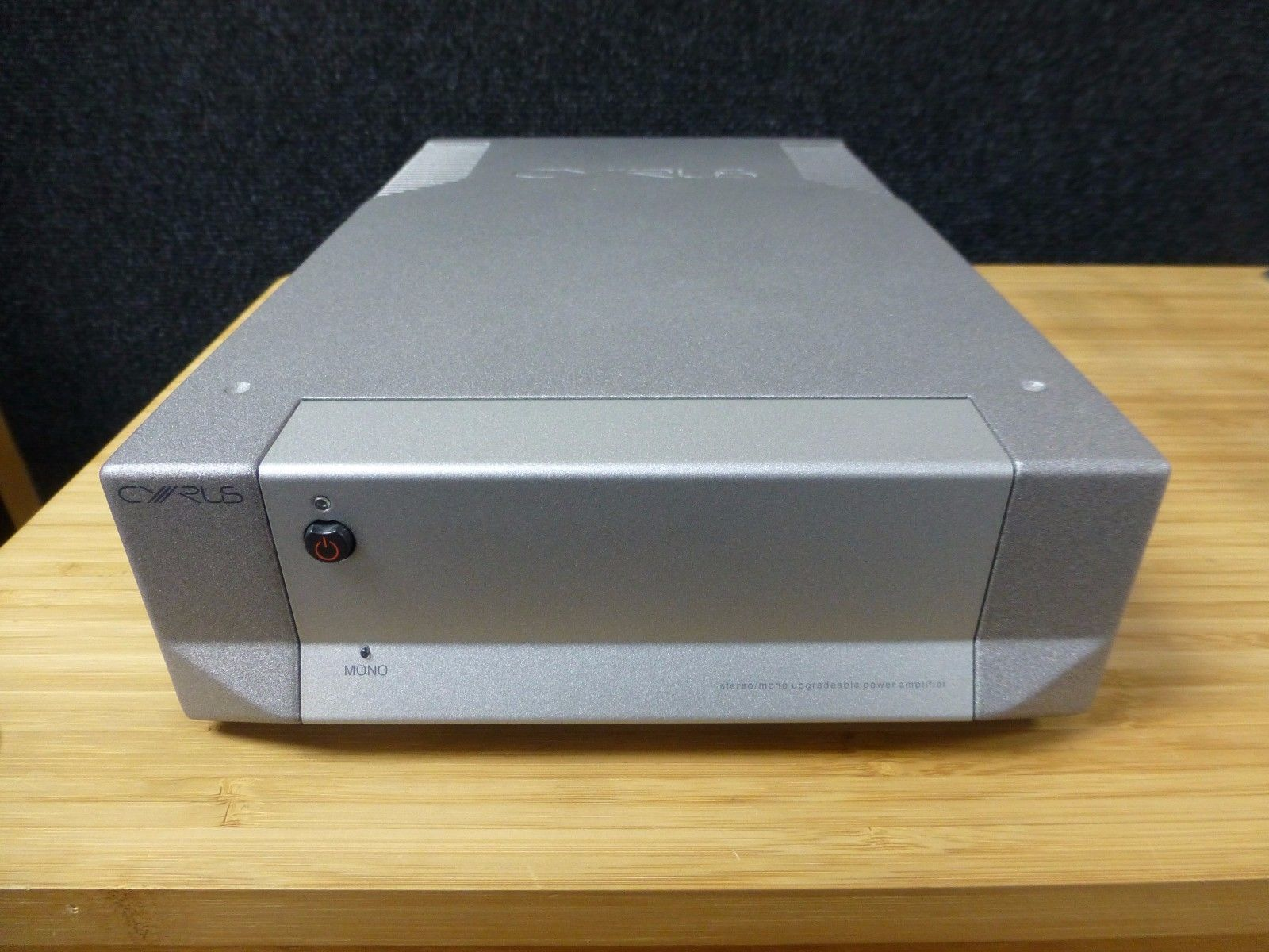 Picture of Cyrus 8 Power amplifier