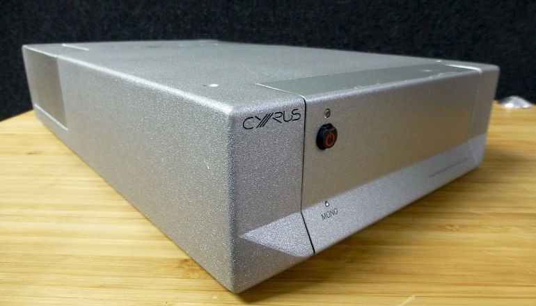 Image of Used  Cyrus X Power Stereo/Mono Power Amplifier  for sale